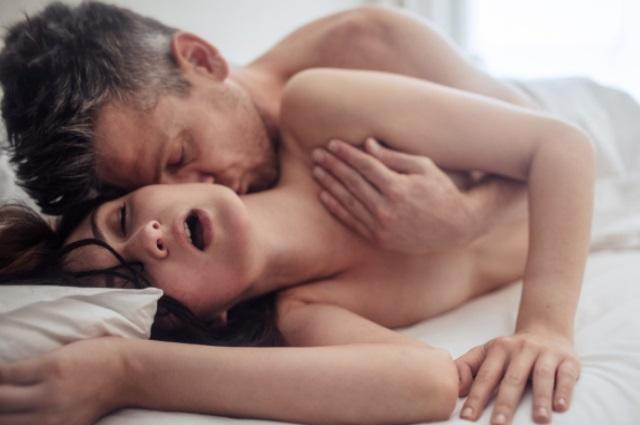 Žena špricati seks