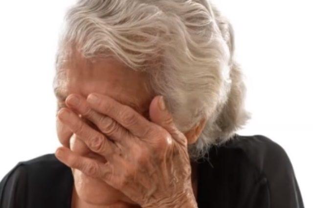 """SINOVI HERCEGOVINE: Poslušajte pjesmu posvećenu onima koji su morali napustiti stare majke i otići """"trbuhom za kruhom""""   HIP.ba - Hercegovački info portal"""