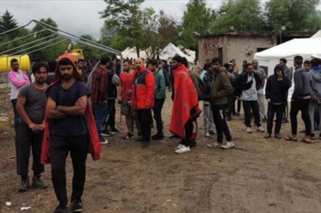 Prostitucija cvjeta u migrantskim kampovima u BiH